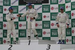 Podium Ceremony: 1st Jorg Muller; 2nd: Dirk Muller; 3rd: Andy Priaulx