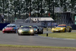 Close racing at the start with the #28 Aston Martin DBR9 of David Brabham and Darren Turner leading from pole position