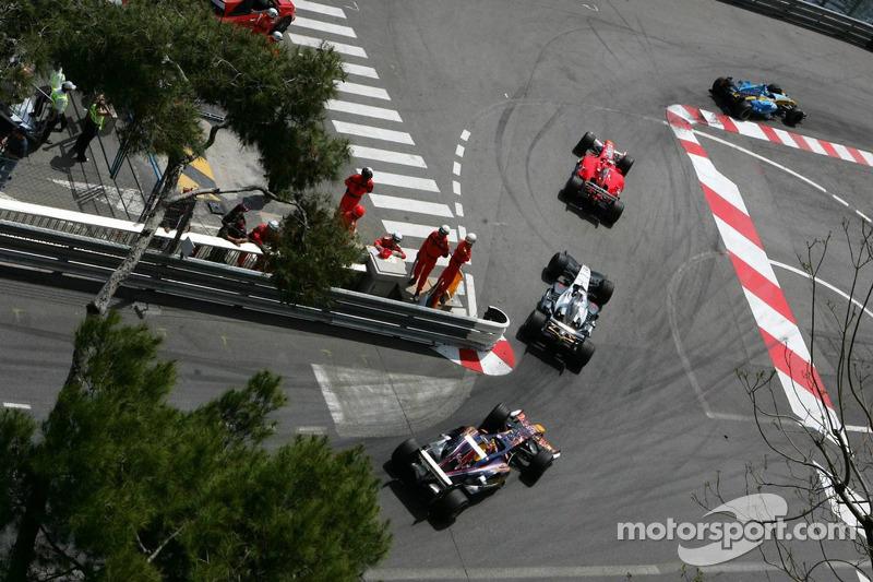 Giancarlo Fisichella, Rubens Barrichello, Juan Pablo Montoya y Vitantonio Liuzzi