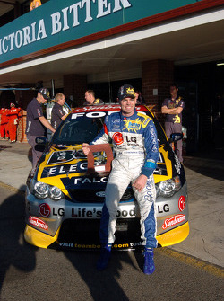 Craig Lowndes grabbed his third pole position for the season