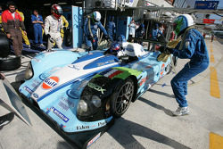 Pitstop for #37 Paul Belmondo Racing Courage Ford: Paul Belmondo, Didier André, Rick Sutherland