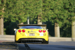 #63 Corvette Racing Corvette C6-R: Ron Fellows, Johnny O'Connell, Max Papis