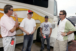 Dale Earnhardt Jr. with South Carolina head coach Steve Purrier and Oklahoma head coach Bob Stoops