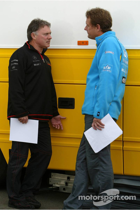 Discussions in the paddock