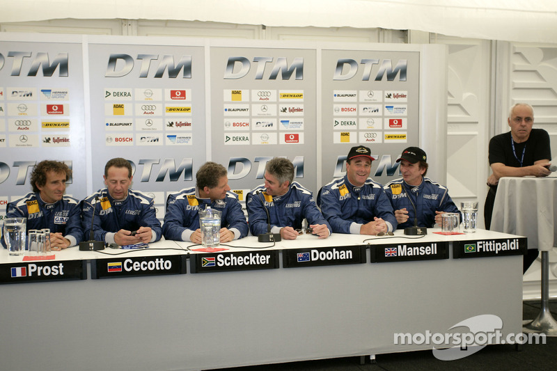 ITR presidente Hans-Werner Aufrecht con Alain Prost, Johnny Cecotto, Jody Scheckter, Mick Doohan, Nigel Mansell y Emerson Fittipaldi