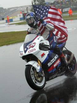 Kenny Roberts celebrates podium finish