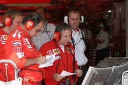 Jean Todt watches qualifying