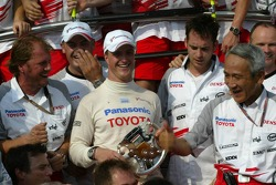 Ralf Schumacher celebrates podium finish with his team