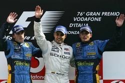 Podium: Sieger Juan Pablo Montoya; 2. Fernando Alonso; 3. Giancarlo Fisichella