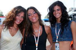 Formula Unas girls