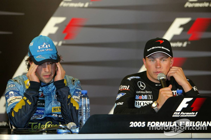 Conferencia de prensa: ganador de la carrera Kimi Raikkonen con Fernando Alonso