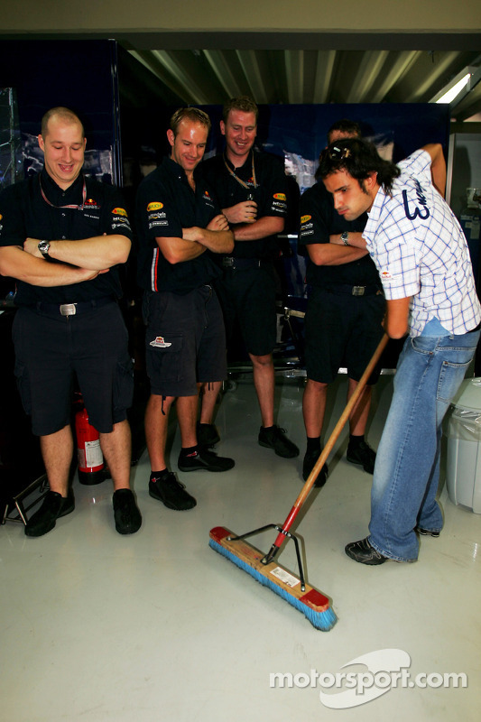Vitantonio Liuzzi gets the job of sweeping the floor