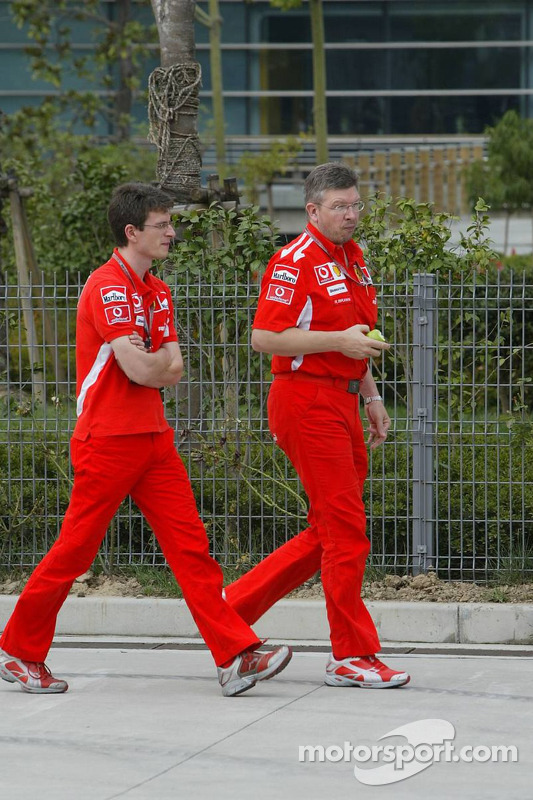 Chris Dyer y Ross Brawn