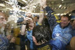 Renault F1 team members celebrate world championship