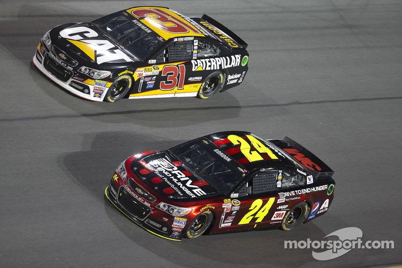 Ryan Newman, Richard Childress Racing Chevrolet, Jeff Gordon, Hendrick Motorsports Chevrolet