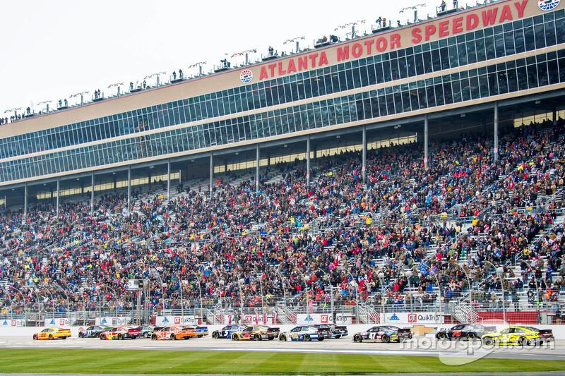 #7: Atlanta Motor Speedway (1,54 Meilen) - 197,478 mph
