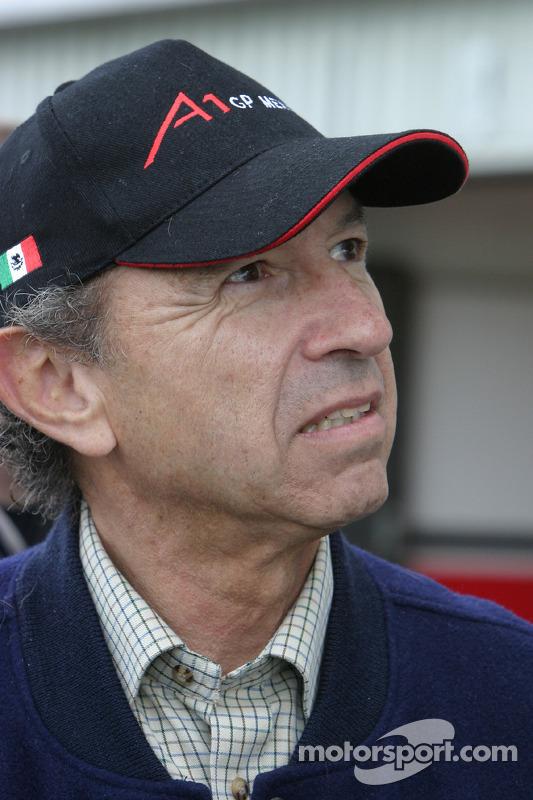 Jo Ramírez