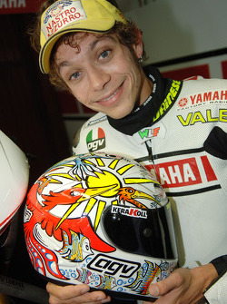 Valentino Rossi shows off the new design on his helmet