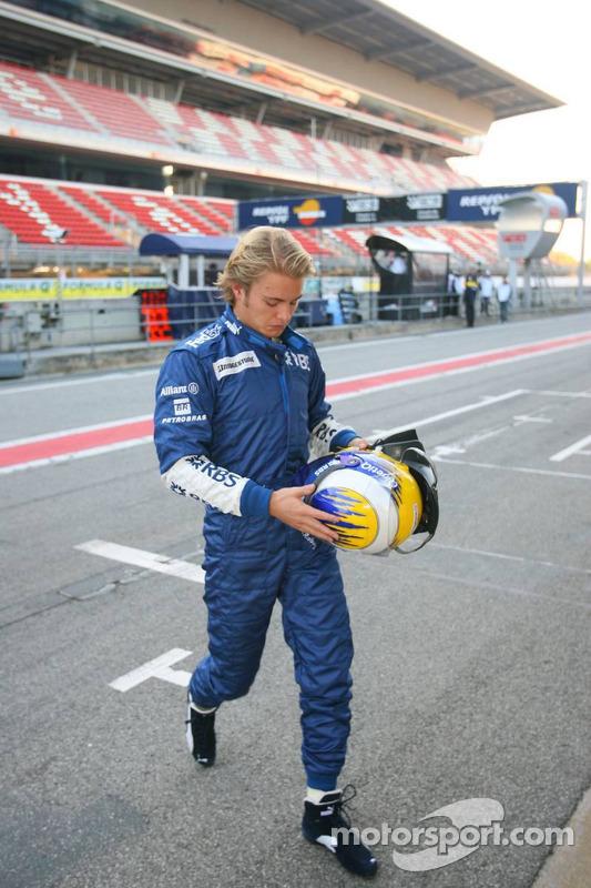 Nico Rosberg de retour aux stands