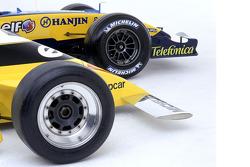 2005雷诺R25,2005年度冠军赛车;1979雷诺RS11,首次大奖赛冠军赛车