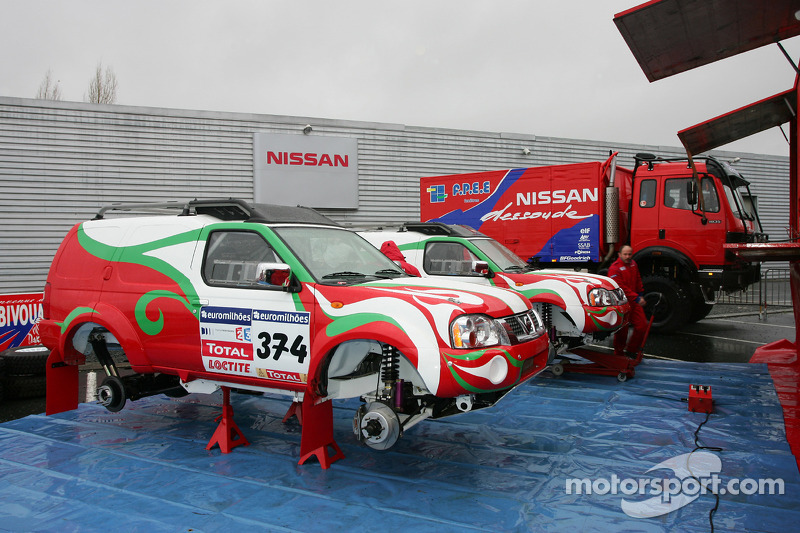 Présentation de l'équipe Nissan à Dessoude: la Nissan Paladin T1 de Zhou Yong et Denis Schurger