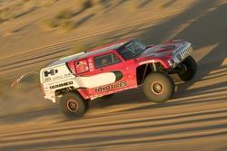 Team Gordon: Robby Gordon and Darren Skilton test the Hummer H3 Race Truck