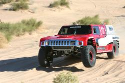 Team Gordon: Robby Gordon tests the Hummer H3 Race Truck
