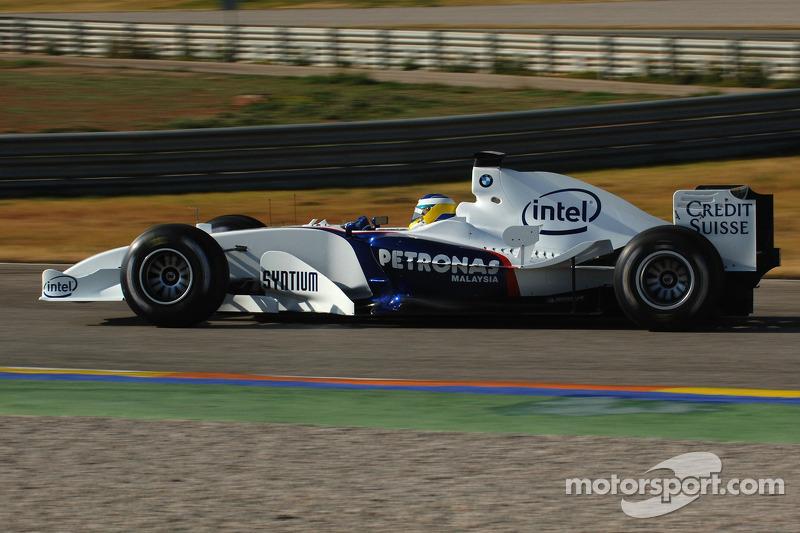 Нік Хайдфельд тестує BMW Sauber F1.06