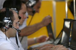 Penske Racing and Porsche engineers at work