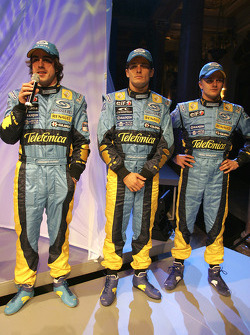 Fernando Alonso, Giancarlo Fisichella and Heikki Kovalainen on stage