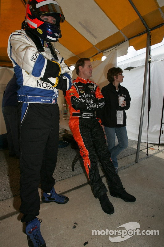 Oliver Gavin et Rusty Wallace