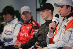 Champ Car drivers press conference: Justin Wilson at the mike