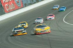 Race action at Turn 2