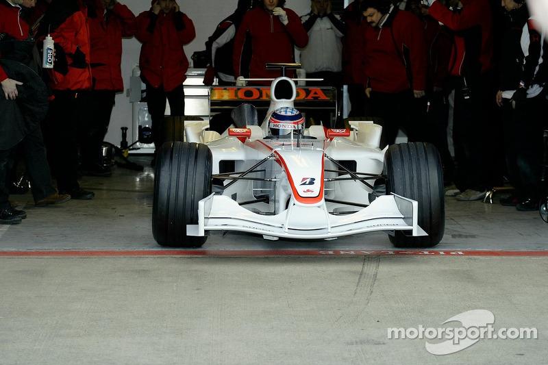 Takuma Sato, first outing, Super Aguri F1 Cari ve its yeni aerodynamic parts
