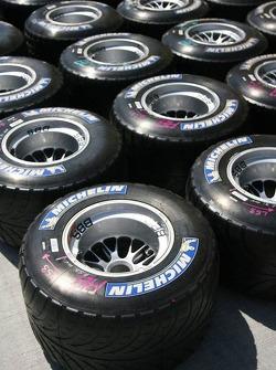 Michelin intermediate tires