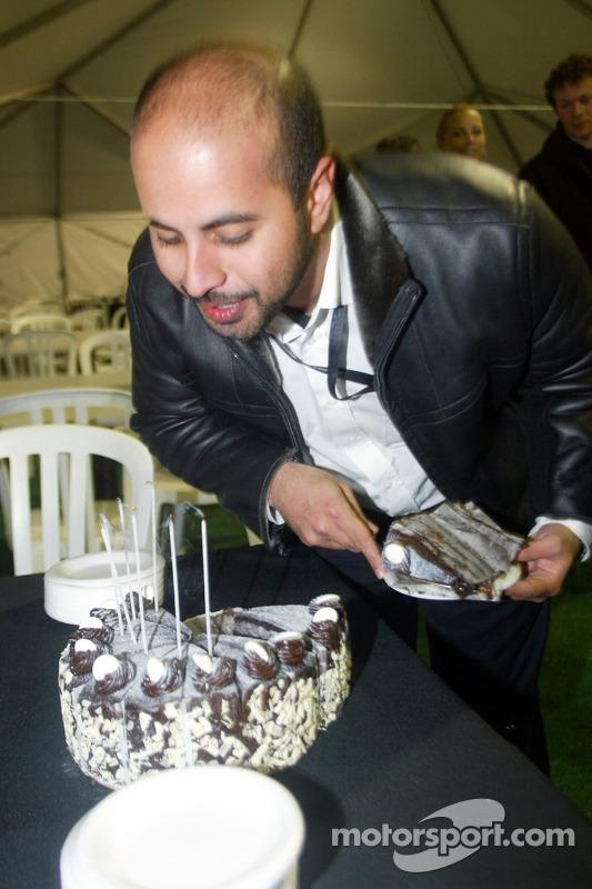 Sheikh Maktoum Hasher Maktoum Al Maktoum fête son anniversaire
