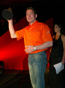 Jos Verstappen (NED) A1 Team Netherlands accepts the award for Best Driving manouver
