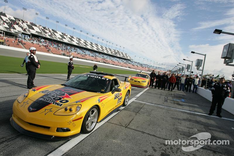 La voiture de chauffe Corvette pour ARCA 200 à Daytona