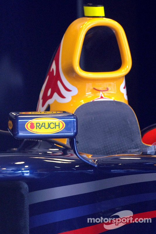 Le rétroviseur de la voiture Red Bull Racing