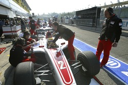 Frederic Vasseur watches Lewis Hamilton