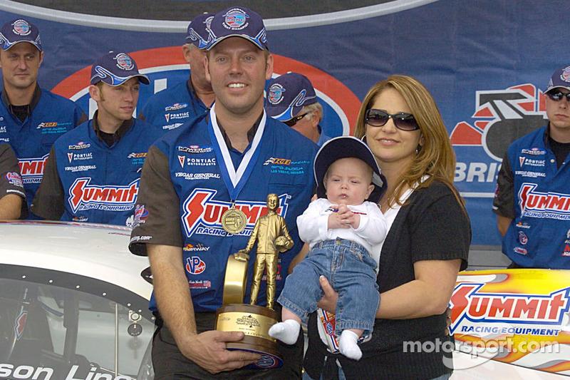 Jason Line avec sa famille
