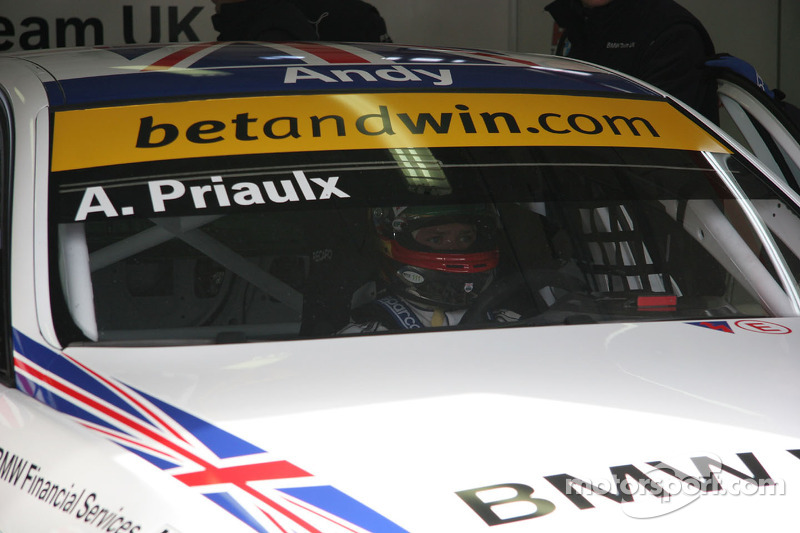 BMW Team UK BMW 320si