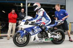 Superbike Friday practice