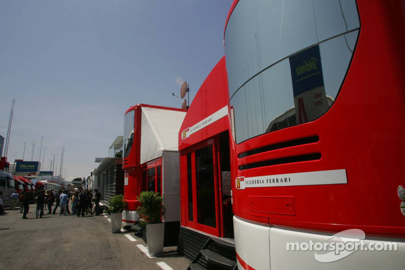 Zona de padock de Ferrari