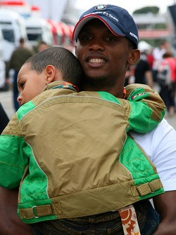 Samuel Eto'o, Barcelona FC Player with his son