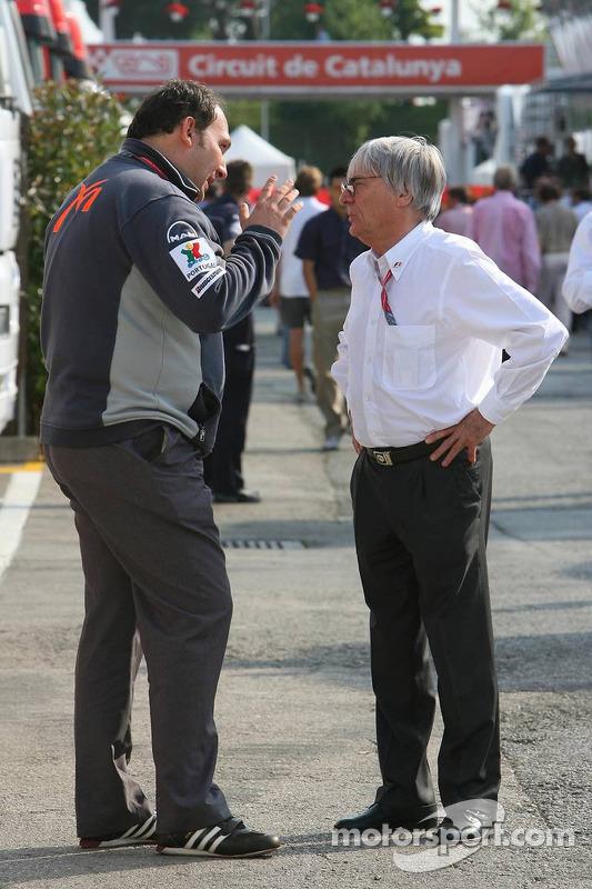 Colin Kolles et Bernie Ecclestone