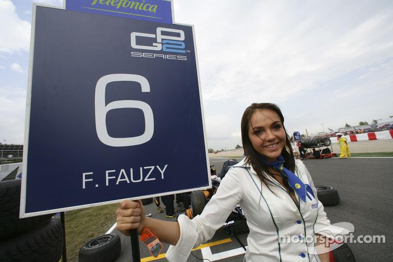 La jeune femme de piste de Fairuz Fauzy