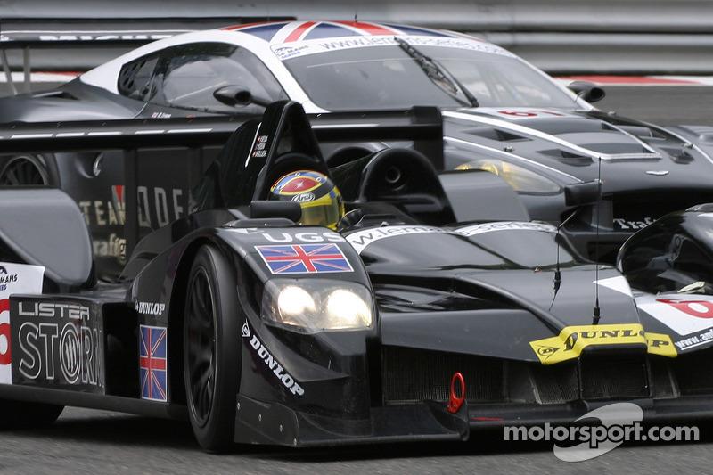 #6 Lister Storm Racing Lister Storm Hybrid: Nicolas Kiesa, Jens Moller, #61 Cirtek Motorsport Aston Martin DBR9: Antonio Garcia dans La Source