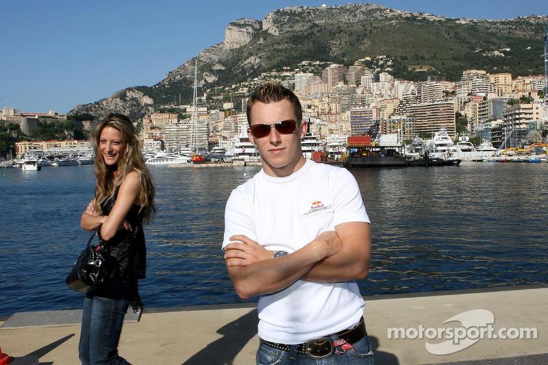 Opération Poséidon: Christian Klien avec sa petite amie Franziska dans le port de Fontvieille
