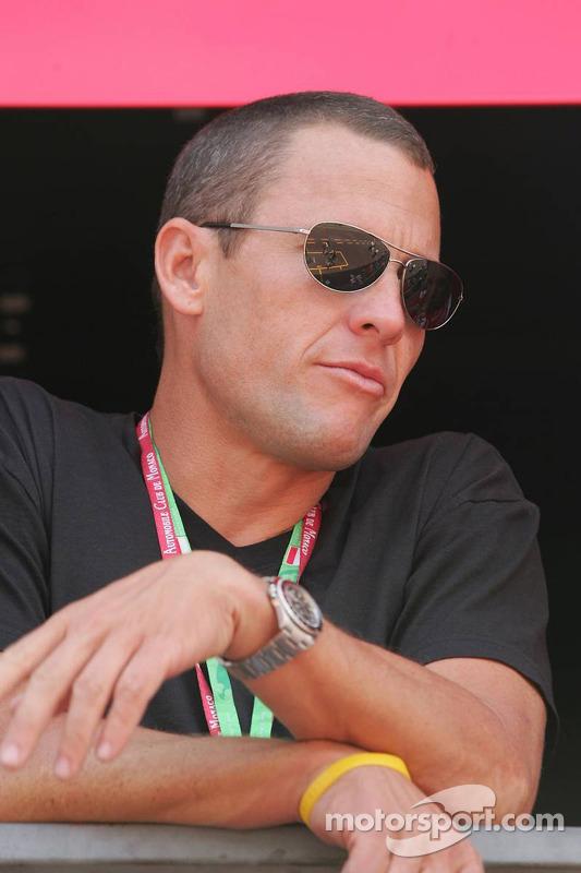Lance Armstrong comme invité de Ferrari